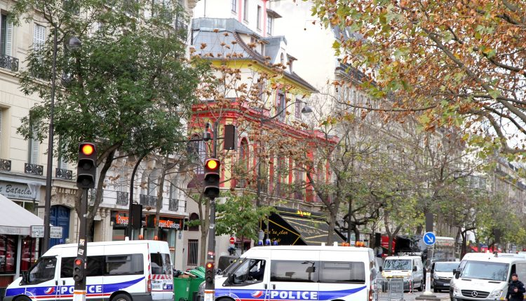 Paris Shootings   The day after 22593744177 750x430 1
